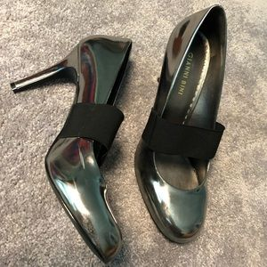 Gianni Bini Metallic Heels (Brand New)